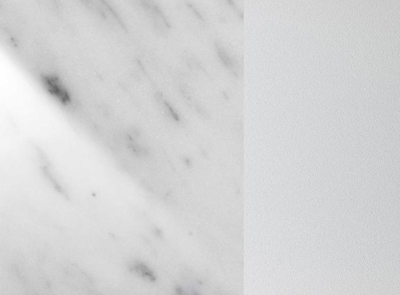 Eliot round esstische tische st hle who 39 s perfect for Carrara marmor tisch