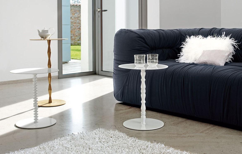 Vanity couch beistelltische online outlet who 39 s for Couch und beistelltische