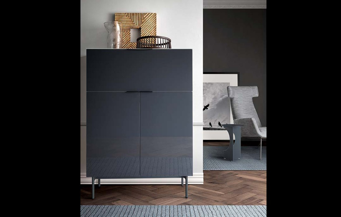 BREMA Highboard