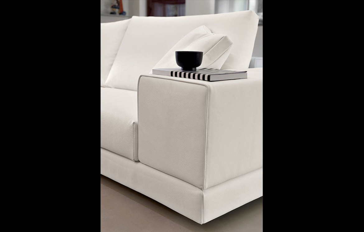 william sofas online outlet who 39 s perfect. Black Bedroom Furniture Sets. Home Design Ideas