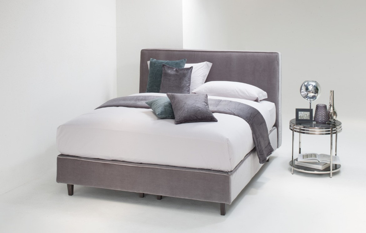 luxury online only betten online outlet who 39 s perfect. Black Bedroom Furniture Sets. Home Design Ideas
