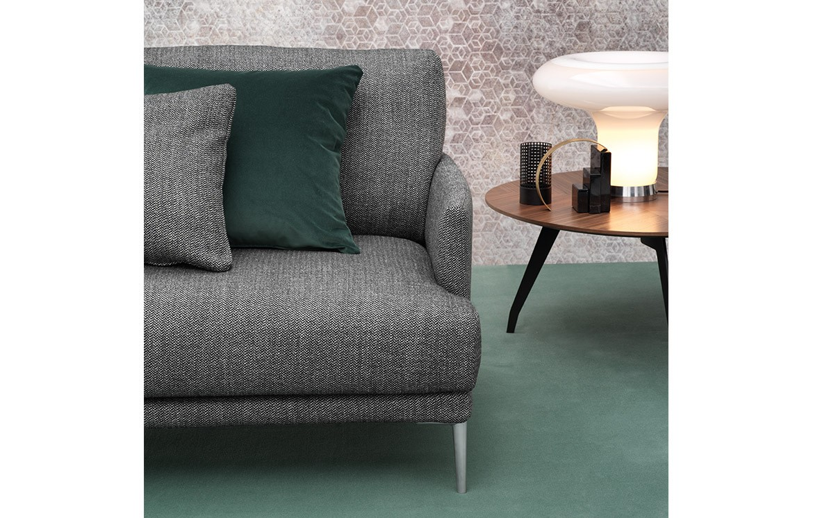 pigalle einzelsofa sofas online outlet who 39 s perfect. Black Bedroom Furniture Sets. Home Design Ideas