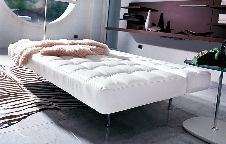 pierrot king bettsofas betten schr nke who 39 s perfect. Black Bedroom Furniture Sets. Home Design Ideas