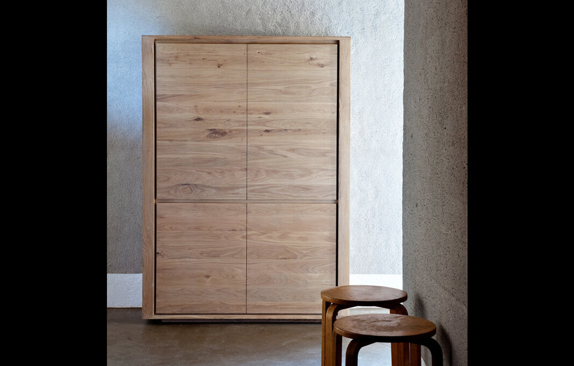 OAK SHADOW Highboard