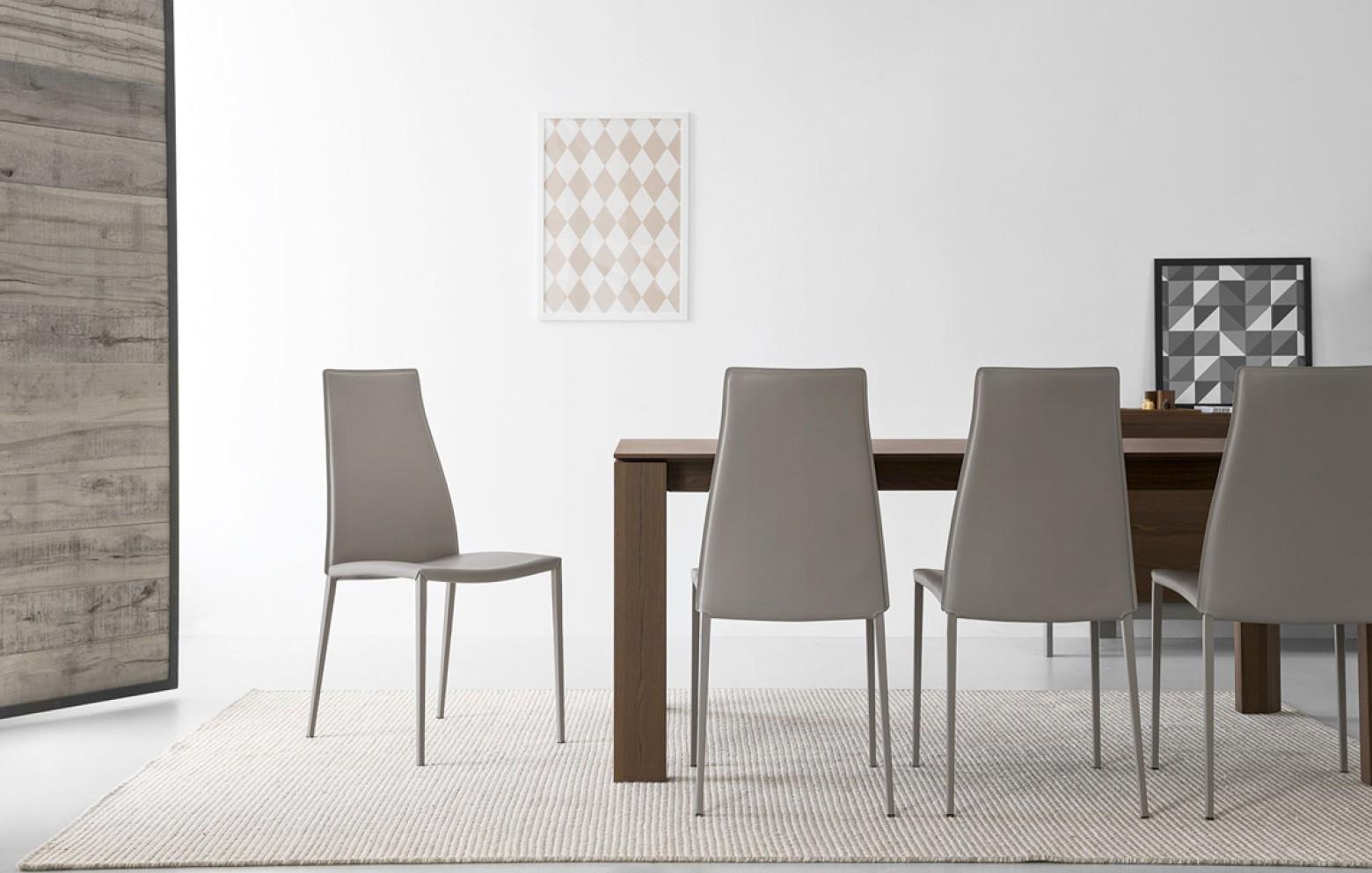 aida stuhl st hle tische st hle who 39 s perfect. Black Bedroom Furniture Sets. Home Design Ideas