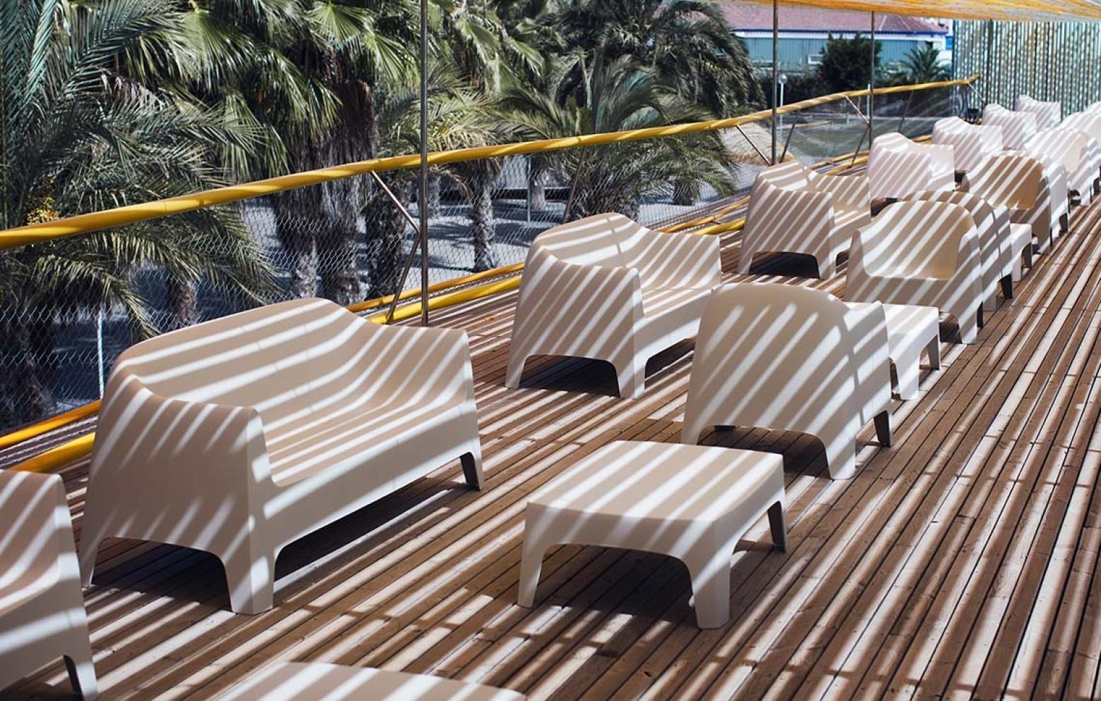 solid couchtisch gartentische outdoor who 39 s perfect. Black Bedroom Furniture Sets. Home Design Ideas