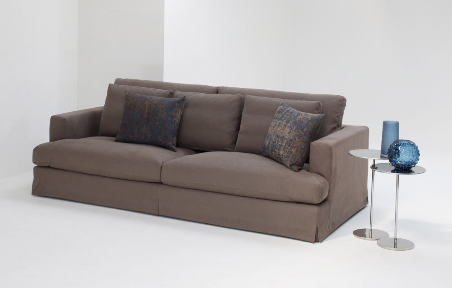 karma online only | sofas | online outlet | who's perfect.