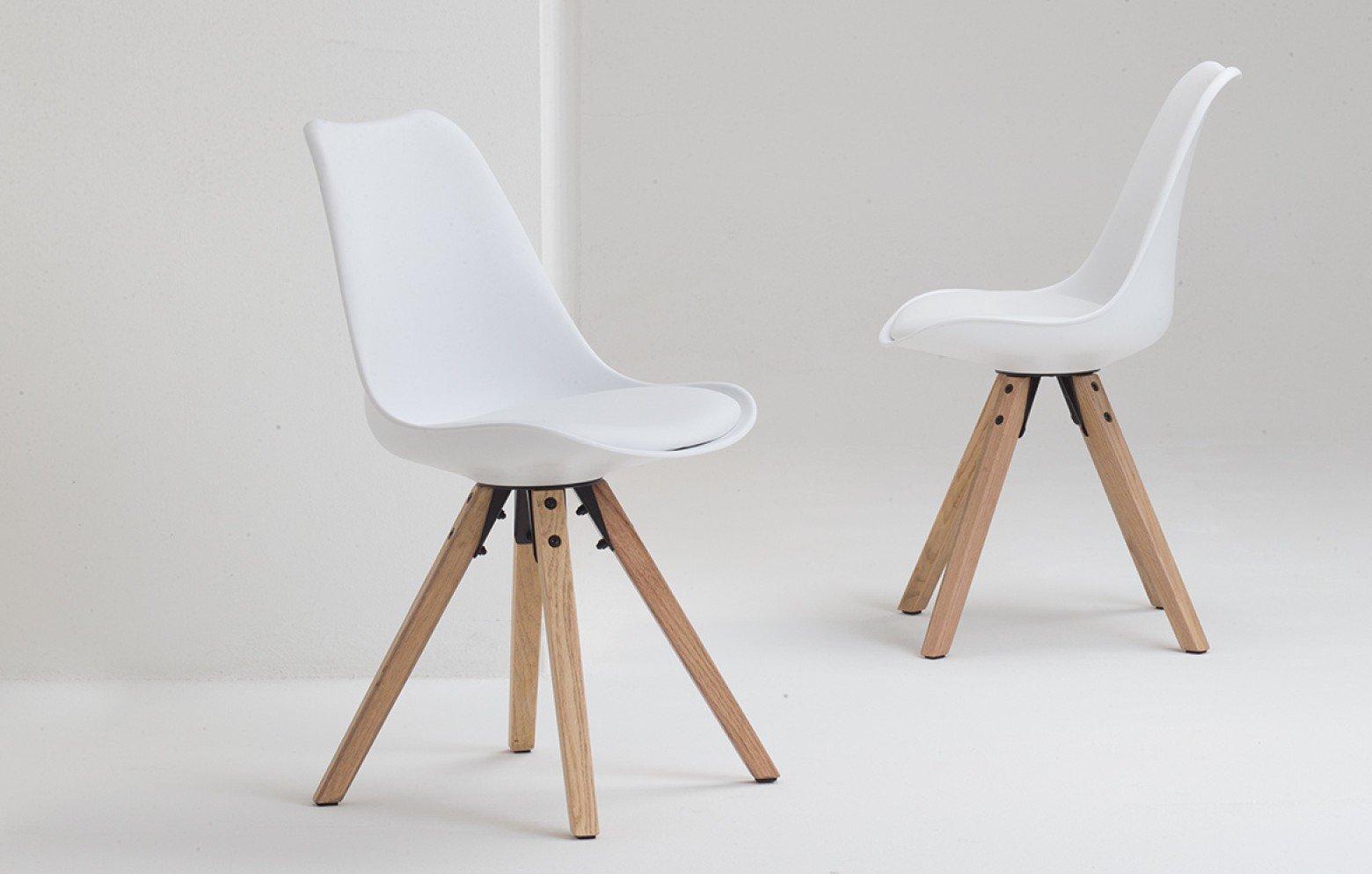 BARRIE WOOD WHITE | Stühle | Tische & Stühle | Who\'s perfect.