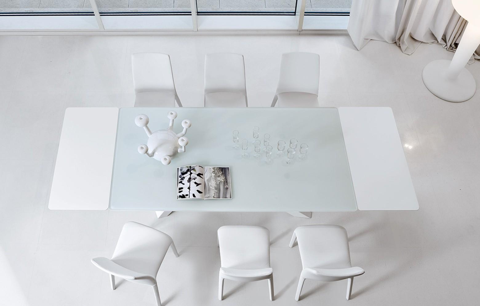 Moderner Designer-Esstisch BIG TABLE bei WHO\'S PERFECT