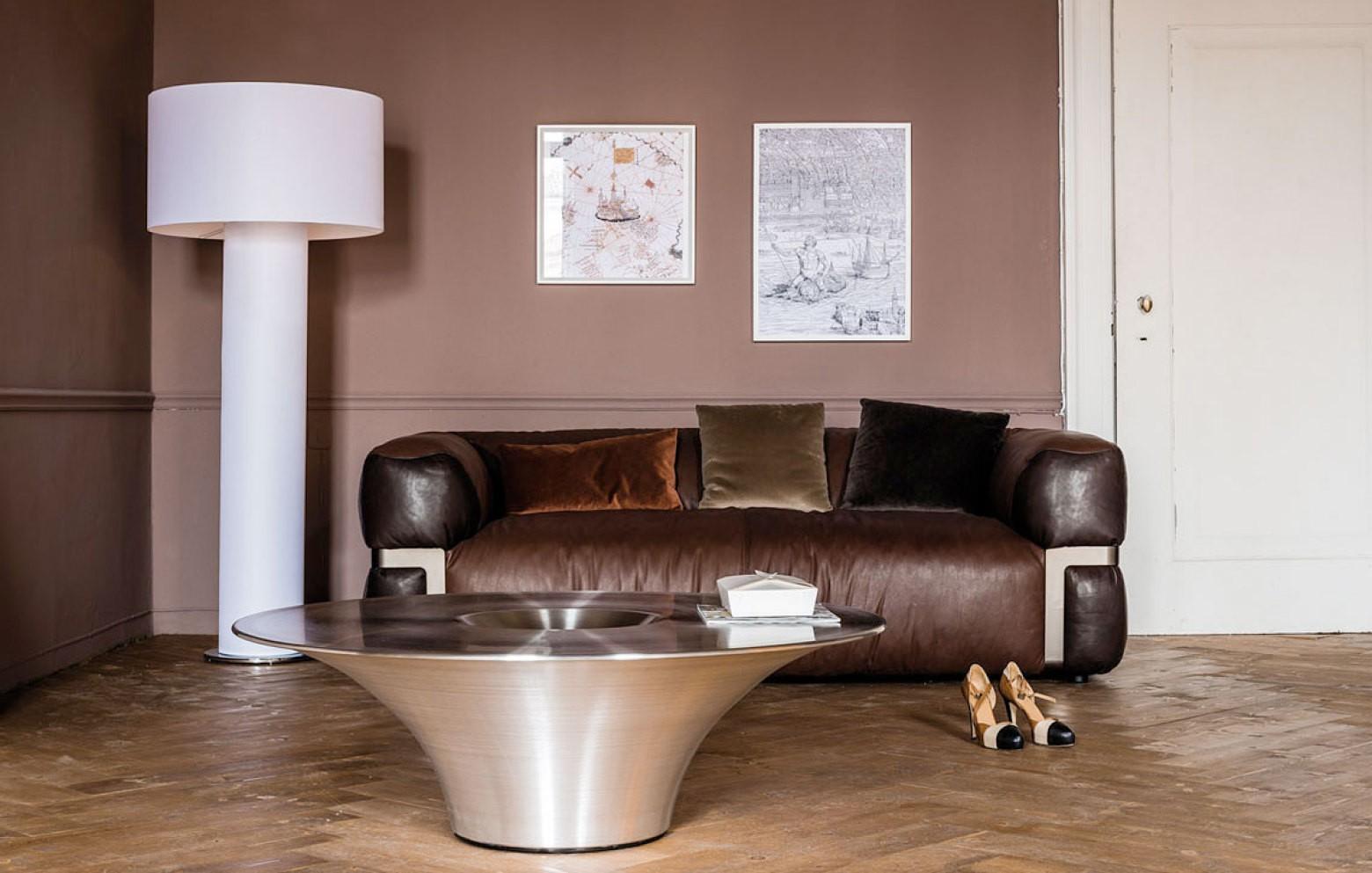 alien couchtische kleinm bel accessoires who 39 s perfect. Black Bedroom Furniture Sets. Home Design Ideas
