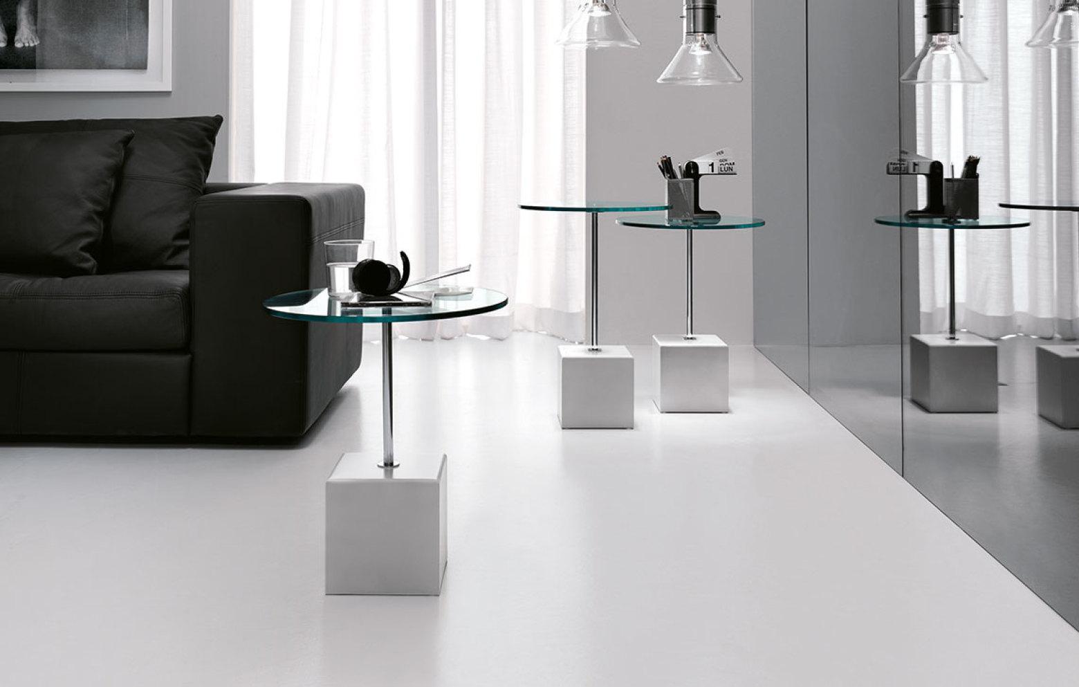axo beistelltische kleinm bel accessoires who 39 s. Black Bedroom Furniture Sets. Home Design Ideas