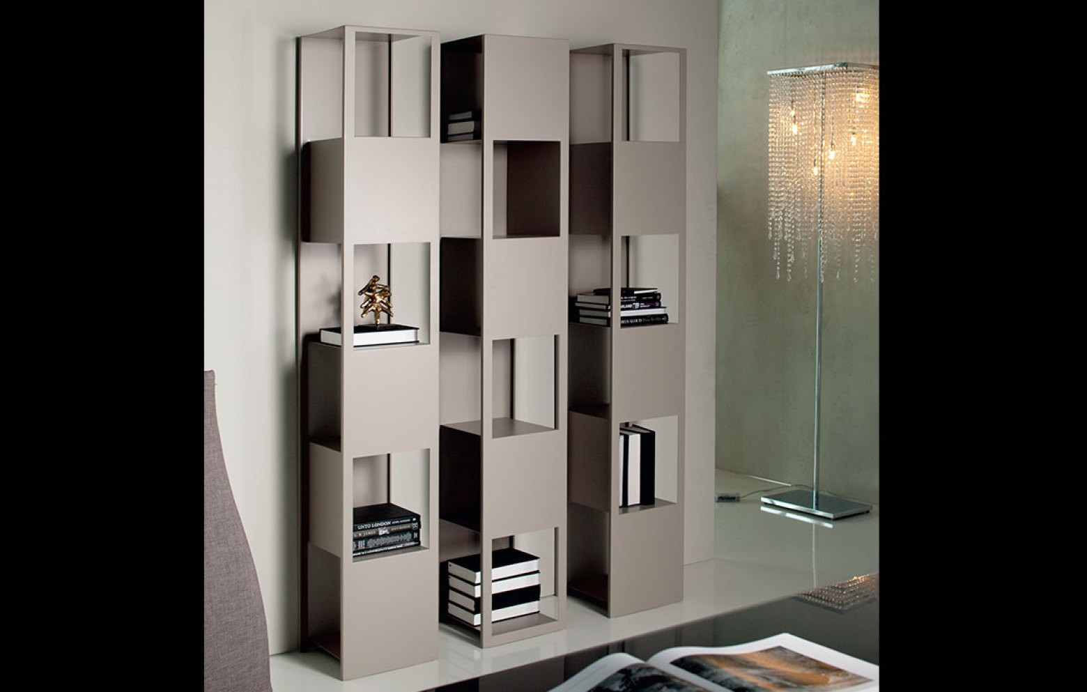 joker vitrinen regale sideboards wohnw nde who 39 s. Black Bedroom Furniture Sets. Home Design Ideas
