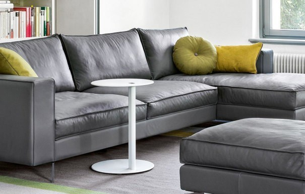 who 39 s perfect italienische designerm bel zu g nstigen preisen beistelltische kleinm bel. Black Bedroom Furniture Sets. Home Design Ideas