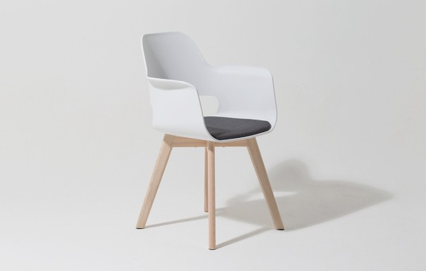 m belhaus k ln who 39 s perfect. Black Bedroom Furniture Sets. Home Design Ideas