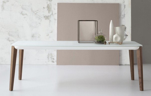 designer tische best of italy who 39 s perfect. Black Bedroom Furniture Sets. Home Design Ideas