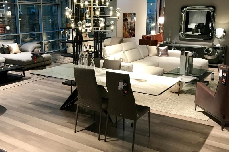 ihr m belhaus im stuttgarter k nigsbau whos 39 perfect. Black Bedroom Furniture Sets. Home Design Ideas